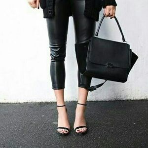 Steve Madden Black Patent Leather Stacy Sandal 8.5